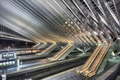 Cinq Escaliers Mécaniques
