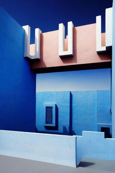 Mirage in blue